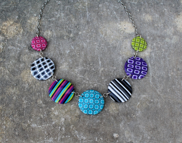 Collier Pastilles multicolores